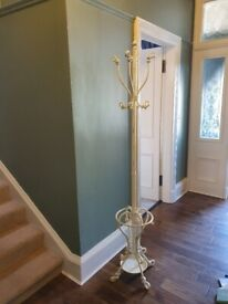 Free standing coat and umbrella stand