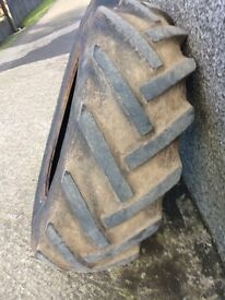 Used set of tractor tyres for sale