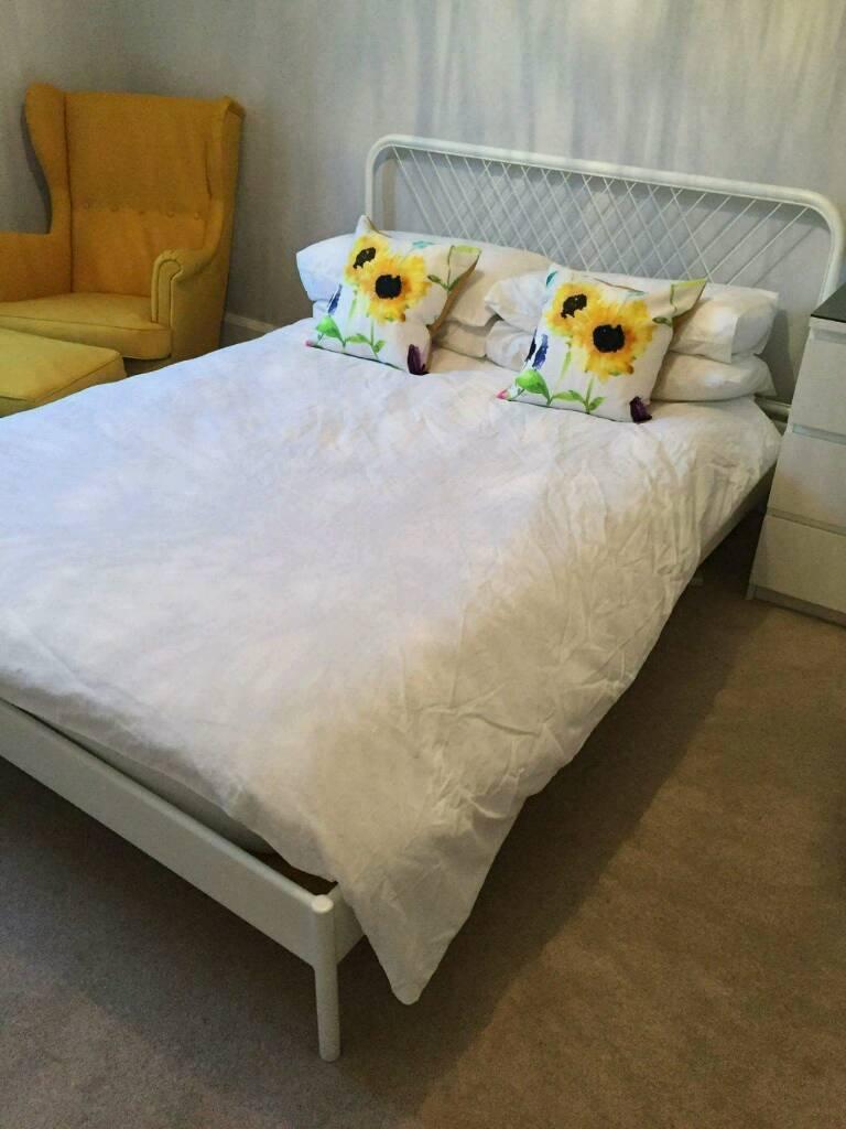 Bed frame nesttun ikea in southside glasgow gumtree for Divan hemnes colchon 90