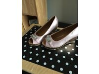 RIVER ISLAND WEDGE SHOES PINK SIZE 3
