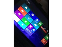 toshiba laptop: satellite c5o-a-157 hardly used good coondition windows 8. bag included