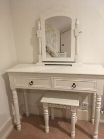 Beautiful white shabby chic French country style bedroom set