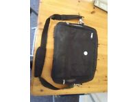 Dell Laptop Bag Can Send