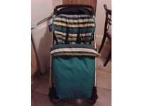 Mamas and papas sola 3 in 1 travel system pushchair, carrycot, car seat.