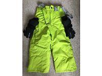 Children's ski trousers and gloves
