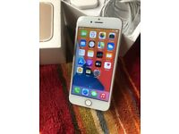 Good Condition iPhone 7 Gold 32GB And Unlocked to Any Networks