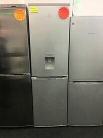 INDESIT FROST FREE FRIDGE FREEZER IN LIGHT SILIVER WITH WATER DESPENSER