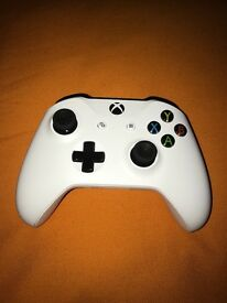 Xbox One White Controller - Brand New