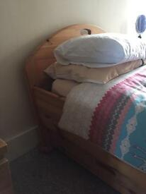 Solid pine single truckle bed