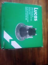 Wheel bearing front drivers side for 2004 2005 vauxhall vectra still boxed