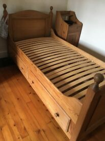 Solid wood single bed with drawer