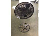 Height adjustable fan