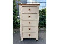 Lovely Solid Wood Ivory 5 Draw Tallboy / Chest of Drawers– Great Condition