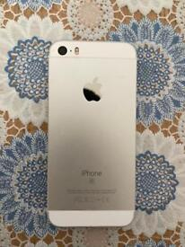 iPhone SE White Unlocked