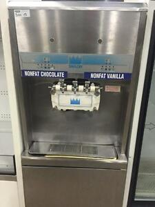 Taylor Soft Serve Ice Cream / Yogurt Machine - High Volume, Pressure-Fed - 2 Flavours, Twin Twist - iFoodEquipment.ca
