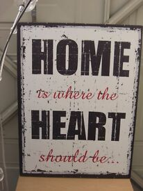 Home is where the Heart should be .... illustrated quote - print / picture