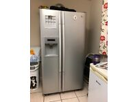 PERFECT WORKING CONDITION LG AMERICAN FRIDGE FREEZER