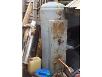 Compressor tank