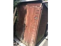 Garden shed 5 x 4.5 ft