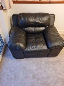 Single Sofa (Black Leather)