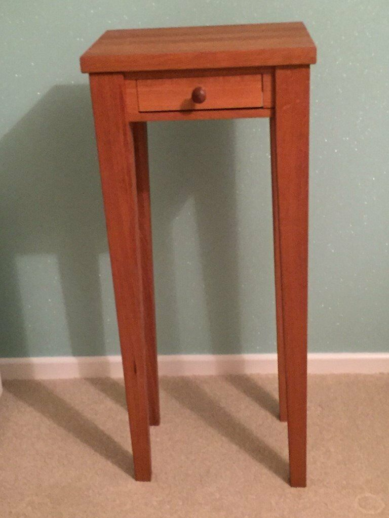 Solid oak side table - North Common, Bristol