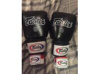 Brand New Fairtex 16oz Muay Thai Black Boxing Gloves & Hand Wraps