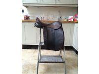 "17.5 "" Brown show saddle medium wide"