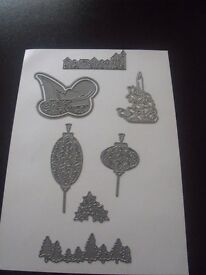 7 Tattered Lace Dies all in Excellent Condition.