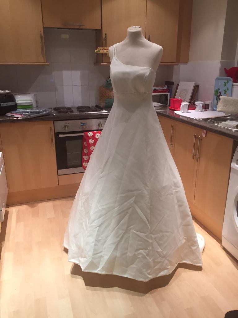 Wedding dress - unfinished project