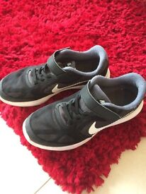 Nike revolution 3 trainers size 2.