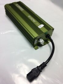 Green & Black Omega 600w digital ballasts Used