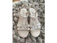 Girls Clark's sandals size 4 1/2 F