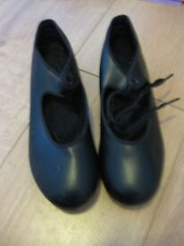 BLACK TAP SHOES SPLIT SOLE (tap on toe & heel) LIKE NEW IMMACULATE (small adult size 3) NOW REDUCED