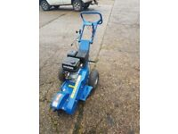 Hyundai stump grinder