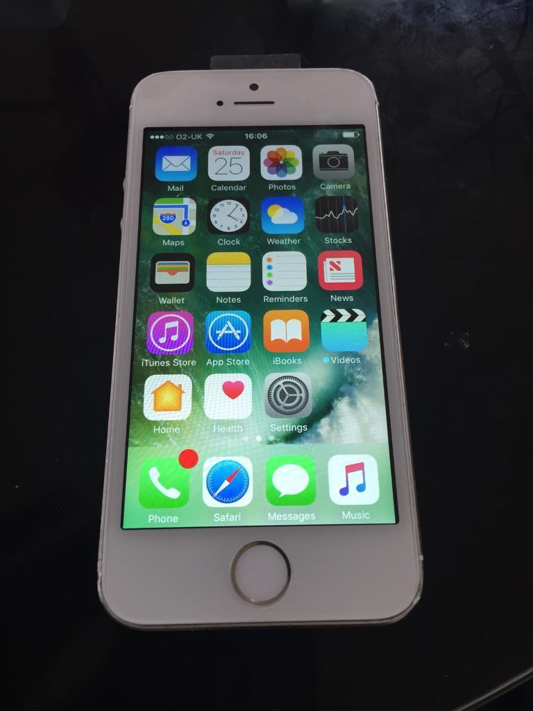 iPhone 5S White 16GB O2 Networkin Belfast City Centre, BelfastGumtree - iPhone 5s White 16Gb o2 Network Reasons for sale was due to upgrade Willing to transport phone for free to the greater Belfast area and some cities just outside please ask Perfect working orderiCloud unlockedA few scraches around casing due to wear...
