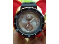 Brand new boxed unwanted gift watch never worn quality watch black quality rubber strap
