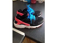 Nike huaraches UK size 3.5. Brand new condition £15