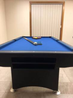 7ft Professional Pool Table + Euro Balls and + Two cues
