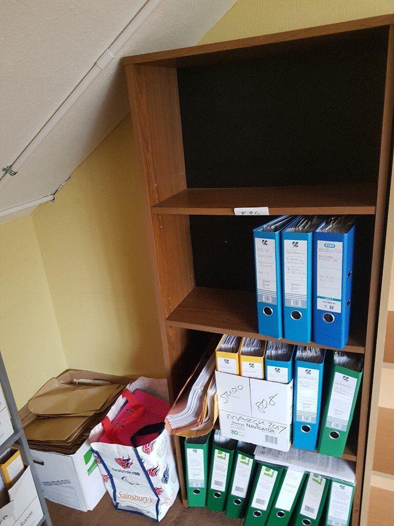 Book case #010