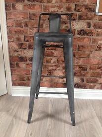 Vintage look, industrial-style bar stool