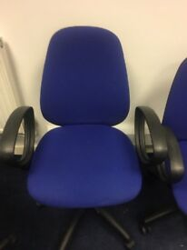 Office chairs. Blue. 6 off