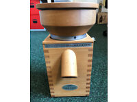 KOMO Fidibus Classic Grain Mill - make your own flour and use it to make your own healthy bread!