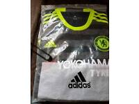 Chelsea football shirt 16-17