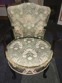 Very Nice Mahogany Framed Vintage Bedroom/Tub Easy Armchair on Queen Anne Legs