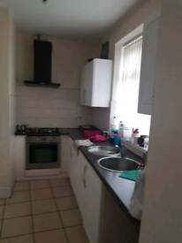 1 and 2 bedroom flat for rent