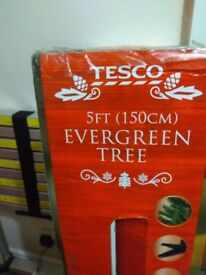 5ft Christmas tree boxed