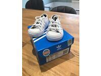 Infant addidas trainers uk size 4