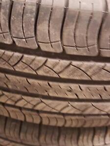 4 pneus d'été, Michelin, Lattitude Tour HP, 225/65/17, 35% d'usure, mesure 7-7-6-6/32.