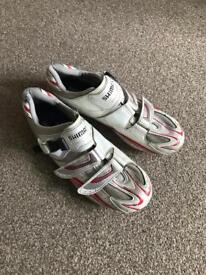 Shimano R106 cycling shoes Size 44