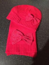 Brand New Girls Hat and Scarf set